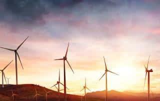 Wartung von Windkraftanlage mit smarten Checklisten verbessert Betriebszeiten.